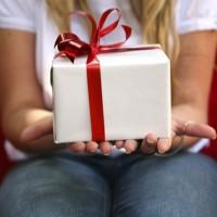 30 regali di Natale sotto i 30 euro per chi ha 30 anni