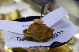 sfogliatella-con-zucchine-e-gamberetti