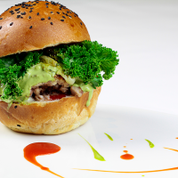 "Carneamènti: La ""Minestra Maritata"" in versione Burger"